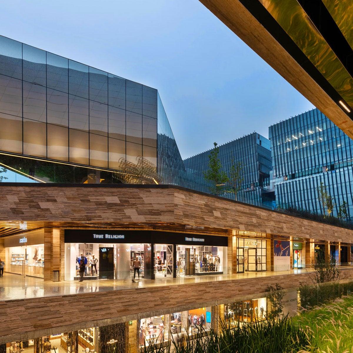 centro comercial artz pedregal